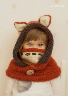 Knit fox hood cowl Rene PDF knitting pattern in por MukiCrafts