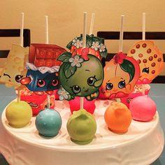 Shopkins cake pops #shopkins #shopkinsparty #cakepop #cakepop #friscodesserts