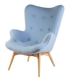 Replica Grant Featherston contour lounge chair designed in 1951 by Victorian craftsman Grant Featherston. Available in a range of colours, including this light blue with walnut legs. The lounge is exclusive to Matt Blatt.