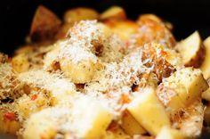 Italian Chicken and Potatoes... LOVE Crock Pot recipes!-- This looks and sounds so good, can't wait to try it!