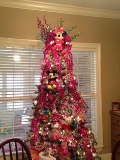 Our Minnie Mouse Christmas Tree Turned Out So Cute For Annistens Birthday Party