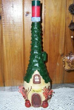 Botella decorada con Porcelana Fria - En esta imagen les presento una botella decorada con Porcelana, pintada a mano y barnizada. Espero les guste. Valor $45 - Fotolog