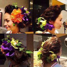 《白無垢》や《色打掛け》などの和装を着る予定の花嫁さん♡ とびっきりの笑顔をアピールできる「おでこ出しヘア」はいかがですか?* 前髪を上げて、おでこをスッキリみせた「洋髪スタイル」は、きっと、花嫁さんを素敵に演出してくれるはず♪〈結婚式〉にも〈前撮り〉にもオススメのヘアアレンジなので、ぜひチェックしてみてください☆*。