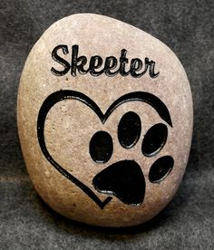 HEART/PAW MEMORIAL 8 or 6 approx size Pet Stone