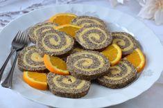 Hankka: Mákos-narancsos keksztekercs 🍴 Chana Masala, Party Desserts, Dessert Recipes, Smoothie Fruit, Sweet Cookies, Hungarian Recipes, Food Humor, World Recipes, Winter Food