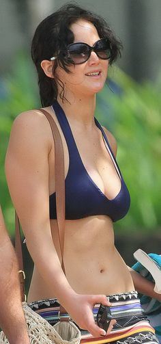 'Jennifer Lawrence is fat' Oh can I be fat too please?