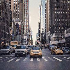 ❝That little chaos. Manhattan.The dreamer's jungle.❞ 🗺🗽 • • • • #michaelpsouk #ny #nyc #cars #usa #travel #tbt #manhattan #america #travelblogger #travel #wander #instagood #instamood #insta #buildings #streets #urban #tb #vesper #landscapephotography #landscape #wonderful_places #beautfuldestinations Cars Usa, Usa Travel, Wonderful Places, Manhattan, The Dreamers, Wander, Landscape Photography, New York Skyline, Buildings