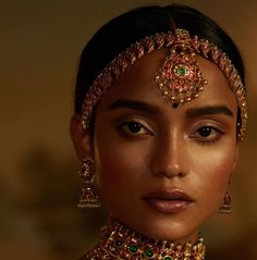 Ethnic Fashion, Indian Fashion, Beautiful Black Women, Beautiful People, Indian Aesthetic, Indian Photoshoot, Temple Jewellery, Gold Jewellery, Bridal Jewellery