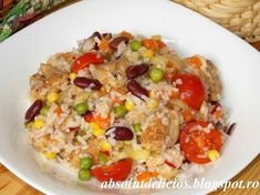 Mexican salad with chicken and rice, Food And Drinks, Mexican salad with chicken and rice. Mexican Salads, Healthy Salad Recipes, Chicken Salad, Fried Rice, Food Porn, Brunch, Food And Drink, Cooking Recipes, Ethnic Recipes