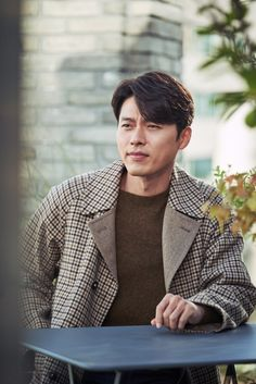 ASK K-POP Actor Hyun Bin talked about his feelings with his best friend Jang Dong-gun Hyun Bin, Lee Hyun, Korean Men, Asian Men, Asian Actors, Korean Actors, Hyde Jekyll Me, Lee And Me, Kdrama Actors