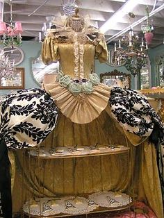 I saw an art doll similar to this once that opened up into a stage featuring century characters. Very Marie Antoinette! Market Displays, Craft Show Displays, Craft Show Ideas, Store Displays, Display Ideas, Window Displays, Boutique Displays, Boutique Ideas, Mannequin Display