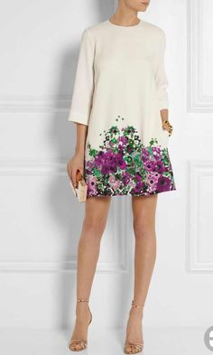 Trend To Wear: Elie Saab - Floral-print crepe mini dress Simple Dresses, Cute Dresses, Beautiful Dresses, Short Dresses, Summer Dresses, Look Fashion, Womens Fashion, Fashion Design, Mode Pop