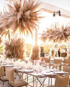 The pampas grass trend is blowing up on Instagram. Read on to find out how this garden weed turned into a favorite. Wedding Blog, Chic Wedding, Summer Wedding, Wedding Trends, Wedding Designs, Wedding Gifts, Wedding Styles, Dream Wedding, Hipster Wedding
