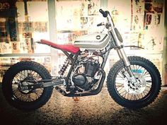 Wicked Ripper:  Honda #XLR250 #tracker by @the_garage_pvtrefactio of Greece.