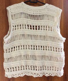 Bolero em fio natural Top Crop Tejido En Crochet, Crochet Bikini Top, Crochet Poncho, Crochet Baby, Knit Crochet, Crochet T Shirts, Crochet Clothes, Knitting Projects, Crochet Projects