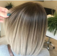 Long Ombre Hair, Brown Ombre Hair, Chic Short Hair, Short Hair Styles, Balayage Straight, Balayage Hair Blonde, Sleek Ponytail, Blonde Hair Looks, Dyed Hair