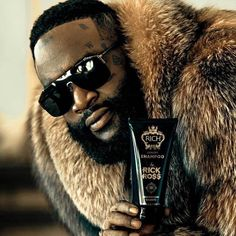 My bro in that custom fur by 👑👑👑 hair products dropping next month! Beard Conditioner, Urban Beauty, Mens Fur, Rick Ross, Mannequin Heads, Beard Grooming, Funny Vines, Hair And Beard Styles, Beauty Supply