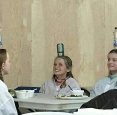 I absolutely love them ahhh Anne Shirley, Gilbert And Anne, Anne White, Amybeth Mcnulty, Anne With An E, Gilbert Blythe, I Movie, It Cast, Wattpad