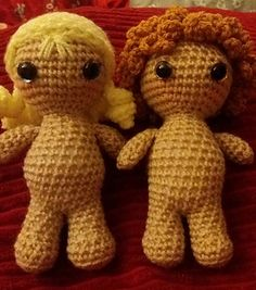 Made using dk weight yarn and a 4mm hook, Little Weebee stands at under 5 inches tall, half the size of the original Weebee doll. Made from her toes to the top of her head in one go! Only her arms need sewing on!