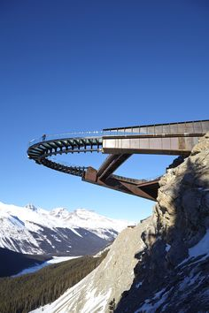 Obviously not at this scale, but this is a gorgeous cantilevered walk - Glacier Skywalk / Sturgess Architecture - 1