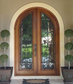 Door love, reflective glass love and topiary love!