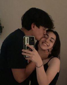 Cute Couples Photos, Cute Couple Pictures, Cute Couples Goals, Couple Goals, Couple Photos, Friend Pictures, Relationship Goals Pictures, Cute Relationships, Secret Relationship