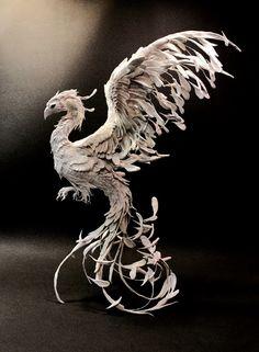 art phoenix bird in sculpture - simply mesmerizing Bird Sculpture, Animal Sculptures, Phoenix Art, Dragons, Mythical Creatures, Tinkerbell, Bunt, Amazing Art, Art Dolls