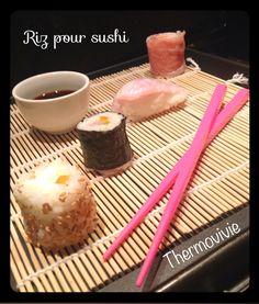 C'est en farfouillant sur internet que j'ai trouvé une façon inratable de cuire son riz à sushis avec le thermomix.. Le résultat est génial! Encore mieux que ma recette traditionelle... Alors pourquoi s'en priver. Ingrédients pour environ 30 sushis: 300...