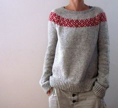 Crochet Patterns Sweter Ravelry: bubbly sweater pattern by Isabell Kraemer Christmas Knitting Patterns, Sweater Knitting Patterns, Knit Patterns, Hand Knitted Sweaters, Ropa Free People, Dress Gloves, Fair Isle Knitting, Yarn Brands, Work Tops