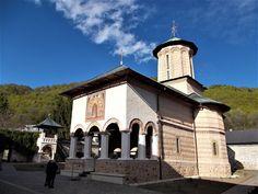 Turismul în România: Mănăstirea Polovragi