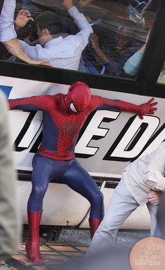 amazing spiderman 2 movie on set photos | Amazing Spider Man 2 Set Photo Battle 4 More Epic Set Photos and Video ...