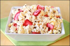 Hungry Girl's Chocolate Strawberry Popcorn