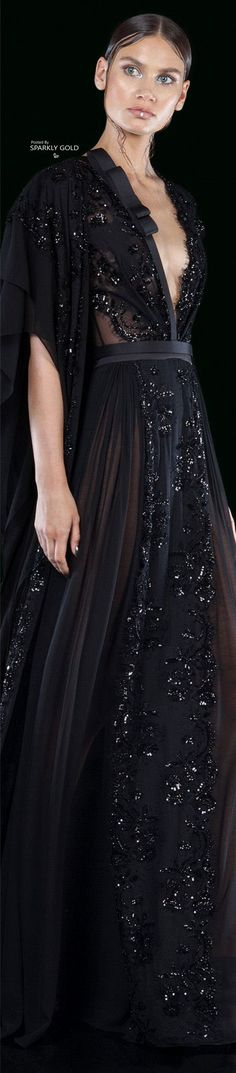 Discover recipes, home ideas, style inspiration and other ideas to try. Couture Fashion, Runway Fashion, High Fashion, Stylish Dresses, Nice Dresses, Festa Party, Basil Soda, Beautiful Gowns, Dream Dress