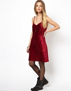 crushed velvet, on the other hand, is a 90s trend i'm totally down with bringing back.