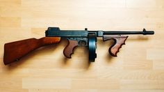 Things You Didn't Know About The Thompson Submachine Gun - Tommy ...
