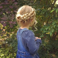 Hairstyles and Beauty: The Internet`s best hairstyles, fashion and makeup pics are here. Little Girl Outfits, Little Girl Fashion, My Little Girl, Toddler Fashion, Kids Fashion, Baby Girl Hairstyles, Cute Hairstyles, Toddler Hairstyles, Sweethearts Hair Design