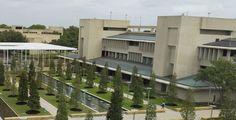Eugene McDermott Library - The University of Texas at Dallas