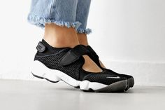 Summer Must-Cop  Nike Air Rift Is Back in Black  Air Rift Breathe is  split-toe cool. 5c46bd37d
