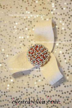 Elegantes adornos de Navidad hechos con tapones de plástico - Inspiraciones: manualidades y reciclaje