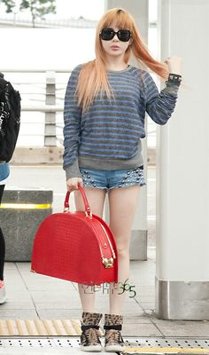 Goddess Bom airport fashion <3