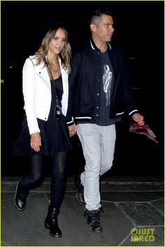 Jessica Alba & Ellen Pompeo Have Couples Night Out at Beyonce & Jay Z Concert | jessica alba ellen pompeo couples night out beyonce concert 01 - Photo