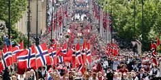17. mai in Oslo - We showcase our pride and future: our children! - Nasjonaldagfeiring i hovedstaden.