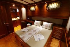 Luxury KAYA GUNERI V - Gulet Check more at https://eastmedyachting.co.uk/yachts/kaya-guneri-v-gulet/