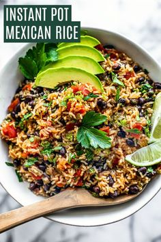 Instant Pot Mexican Rice    #instantpot #pressurecooker #rice #mexicanrice #spanishrice #30minutemeal #weeknightdinner #easydinner Tostadas, Tacos, Mexican Food Recipes, Real Food Recipes, Healthy Recipes, Vegetarian Mexican, Vegetarian Meal, Quick Recipes, Healthy Eats