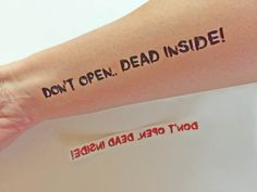 Temporary Tatoos The Walking Dead Don't open dead di Verifly