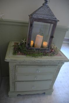 This is a very cool little night stand / end table I found at a local thrift store. I took it home, sanded it down, painted it and VOI LA!  Nice little shabby chic piece for my bathroom!