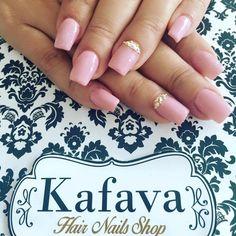 Kafava Hair Nails & Lashes: Ombligo de semana en Kafava