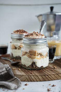 Knusper Tiramisu mit Eierlikör & Kaffeelikör Creme {Werbung} - Meine Küchenschlacht