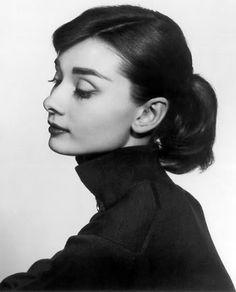 Audrey Hepburn #bw #blackandwhite #rip
