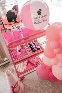 Barbie Birthday Party Games, Barbie Theme Party, 4th Birthday Parties, Birthday Ideas, Barbie Party Decorations, Party Themes, Party Ideas, Balloon Decorations, Pool Party Favors
